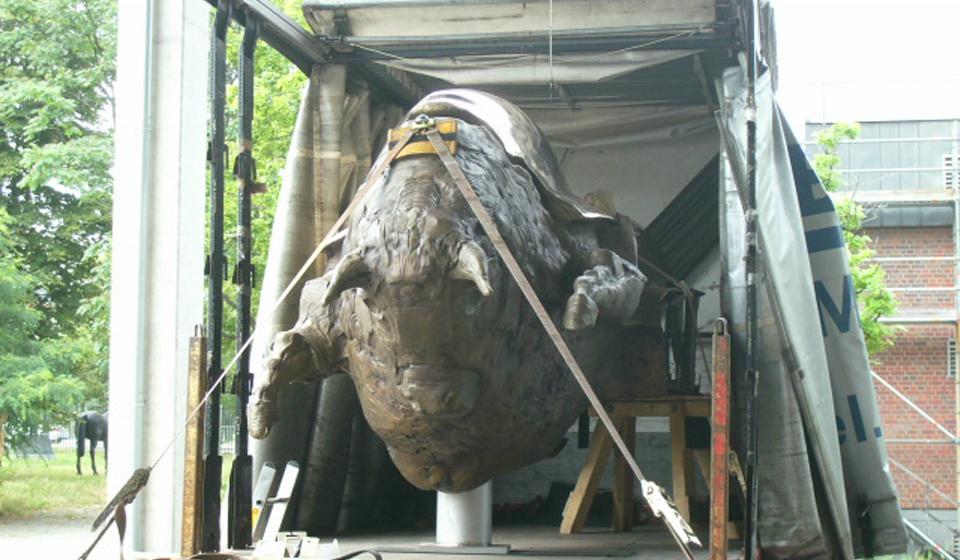 Bronze Skulptur Bullen